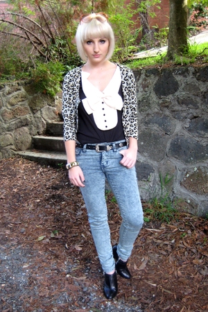 coo ca choo blouse - bardot - Dangerfield jeans - Michael Kors boots - sunglasse