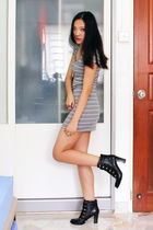 gray Dorothy Perkins dress - black gmarketcokr boots - blue Lee Diamond accessor