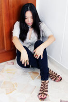 gray thrifted top - blue pull&bear jeans - silver Lee Diamond accessories - brow