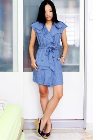 blue thrifted dress - blue Charles & Keith shoes - silver thrifted accessories -