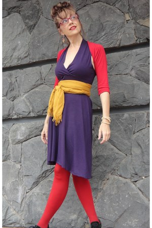 red red tights - purple purple dress - gold gold scarf - ivory bracelet