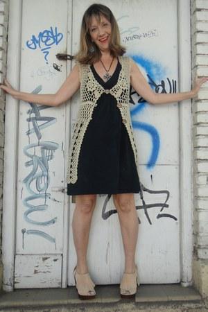 vest - black dress - heels - torquoise cross necklace - torquoise earrings