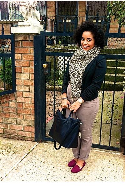 eggshell H&M scarf - black H&M blazer - white American Apparel shirt