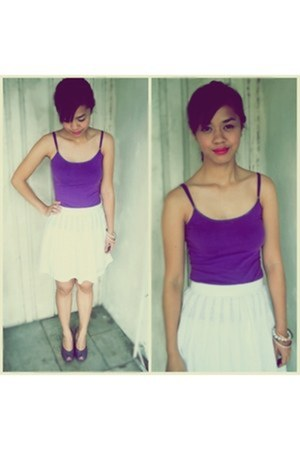 white eyelet skirt - deep purple MORERA top - deep purple Nine West heels