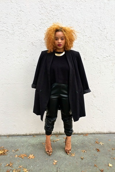 black knitted croptop Forever 21 sweater - black asos blazer