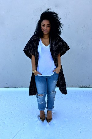 black kimono Urban Outfitters cape - light blue boyfriend jeans Zara jeans