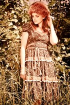 navy paisley vintage dress - light brown fur vintage hat