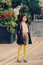 pink top - brown skirt - yellow Primark tights - blue shoes - brown bag - brown
