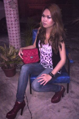 red shoes - black Forever 21 vest - pink Mango top - red - black bracelet - blue