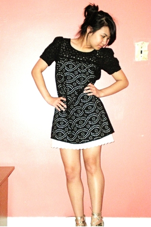 Notice dress - Target dress - Wild Pair shoes