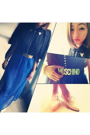 black vintage Moschino belt - black street style Zara blazer