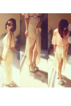 nude maxi dress Zara dress - dark brown Chloe sunglasses - peach unique top cape