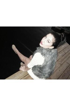 charcoal gray francescas vest - ivory francescas dress - nude Steve Madden shoes
