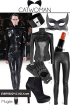 black Mugler pants