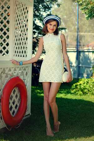 navy asos hat - white GoodNight Macaroon dress - white warehouse bag