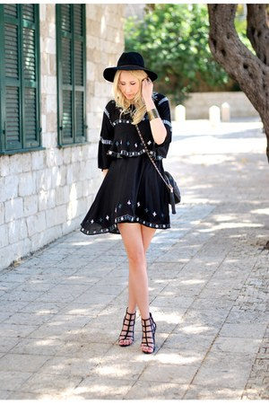 black Zara dress - black Forever 21 hat - black Zara heels