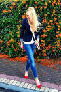 Navy-zara-blazer-blue-zara-jeans-off-white-forever-21-bag
