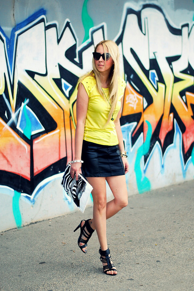 yellow Forever 21 t-shirt - white Beshka bag - black Zara heels