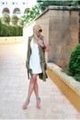 White-river-island-dress-dark-khaki-zara-vest-neutral-river-island-heels