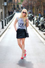 Silver-zara-t-shirt-black-mango-skirt-red-stradivarius-heels