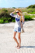 tan H&M hat - navy H&M shirt - ivory Forever 21 bag