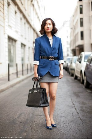 black bag - navy blazer - ivory blouse - black Chanel belt - navy pumps
