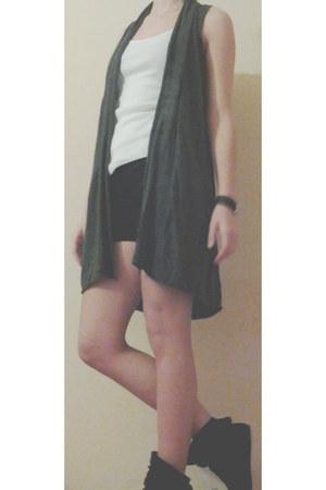shorts - shirt - vest