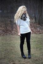 Bebe scarf - BCBG pants - Nyla boots