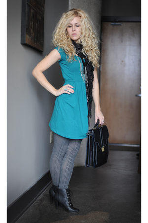 green Kimchi Blue dress - black Kimchi Blue purse - black Deena & Ozzy boots - g