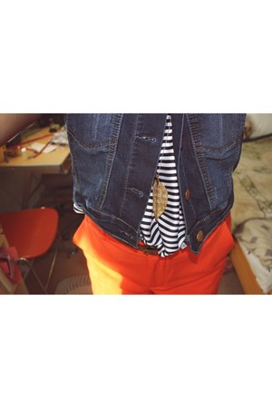 orange Urban Planet shorts - stripes H&M shirt - denim Bluenotes vest