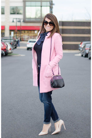 light pink leather Prada shoes - blue skinny jeans madewell jeans