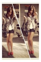 leopard print sendra blouse - pull&bear shorts