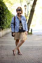 gold vintage skirt - periwinkle Levis jacket - burnt orange asos sandals