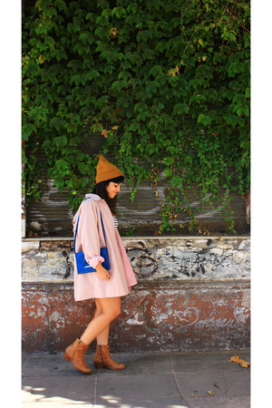 mustard H&M hat - blue vintage purse - white Zara blouse