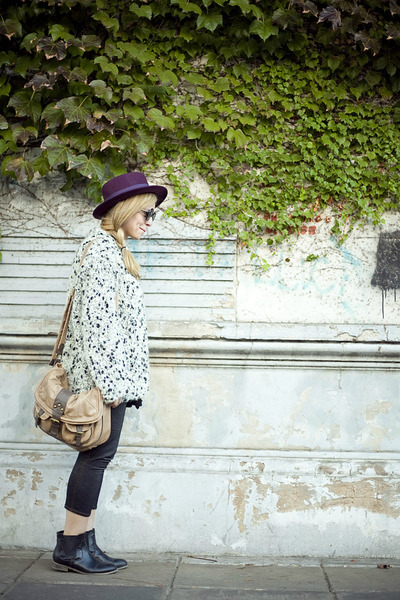 Zara hat - Urban Outfitters boots - Bershka bag - polka dots vintage cardigan