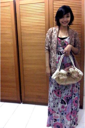 maxi dress no brand dress - camel Kakatoo bag - light brown brokat kebaya top