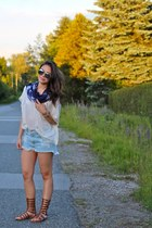 Icing scarf - brandy melville shorts - Icing sunglasses - winners top