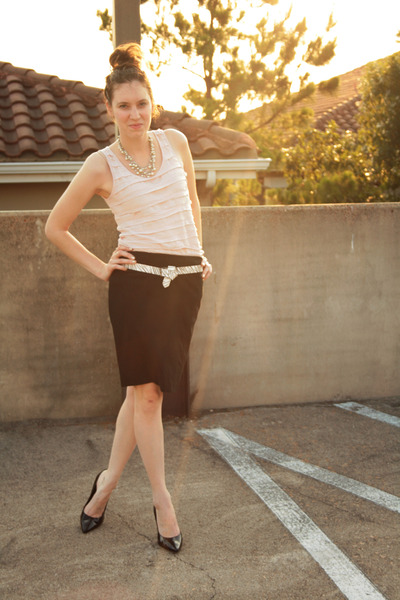 black pencil skirt New York and Company skirt - light pink pink tank top ceylon