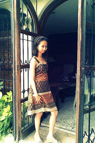 brown dress - beige Suki shoes