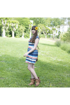 blue sugarhill boutique dress - brown papucei boots