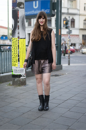 black Zara boots - dark brown H&M shorts - black Forever 21 vest
