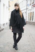 black Even & Odd boots