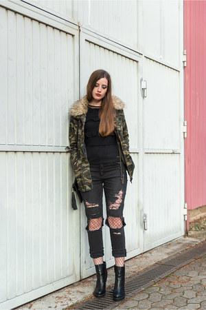 black H&M jeans - olive green Forever 21 jacket