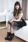 black Jepo boots - black Chicwish dress