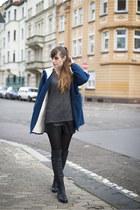 blue MinkPink jacket - black Even & Odd boots