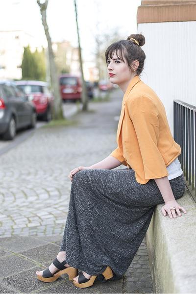 light orange PepaLoves blazer - light yellow Born Pretty Store necklace