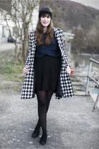 black Petit Fours Shop hair accessory - navy H&M blouse