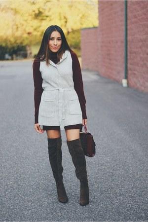 dark brown suede AmiClubWear boots - crimson Forever 21 dress