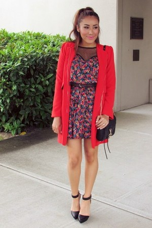 black dress - red coat