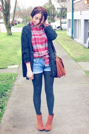burnt orange f21 boots - gray f21 tights - tawny bag